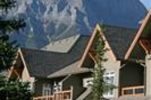 Blackstone Mountain Lodge voted 5th best hotel in Canmore
