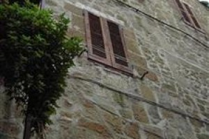 Etruscan House voted 7th best hotel in Pitigliano